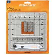 Fiskars Rotating Mat & Trim Set, Package View