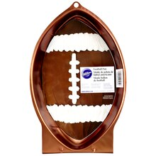 Wilton Football Pan, Package