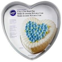 "Wilton Decorator Preferred Heart Pan, 12"""