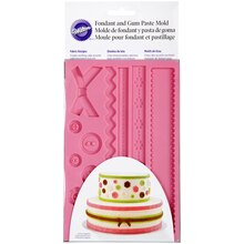 Wilton® Fondant & Gum Paste Mold, Fabric, medium