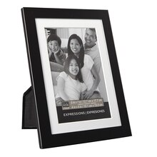 "Studio Décor Expressions Aluminum Frame With Mat, Black 4"" x 6"""