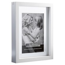 "Studio Décor Expressions Float Frame, White 6"" x 8"""