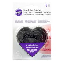 Wilton Double Cut-Outs Set, Hearts