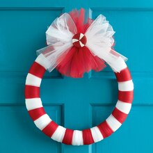 Red & White Tulle Wreath