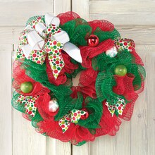 City Sidewalks Ornament Mesh Wreath