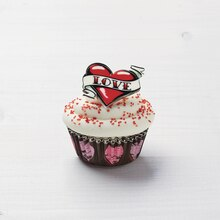 Tattoo Your Love Mini Cupcakes