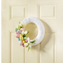 Yarn-Wrapped Easter Wreath
