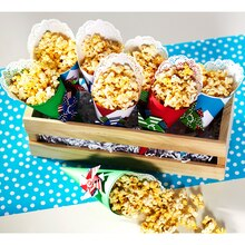 Popcorn Paper Treat Cones, medium