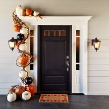 Pumpkin Garland Door Décor, medium