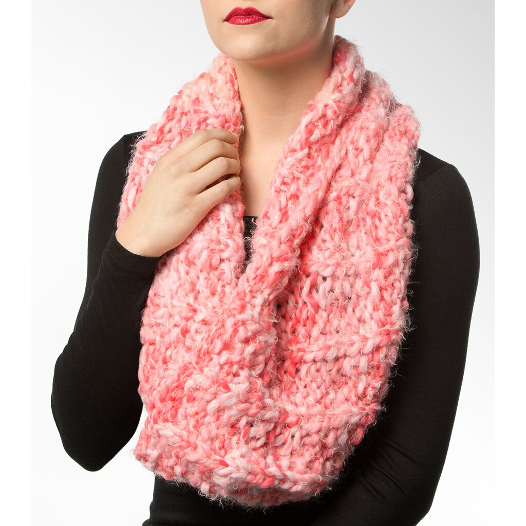 Isaac Mizrahi  CRAFT  Central Park Knit Snood