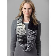 Lion's Pride® Woolspun® Crochet Cowl (Level 1 - Beginner), medium