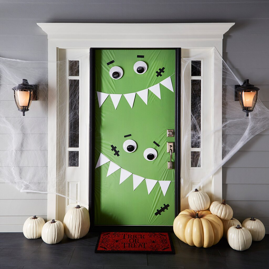 Michaels Classroom Decor ~ Halloween porch ideas lolly jane