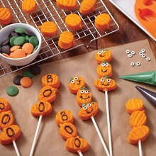 Stack-Up Pumpkins Lollipops, medium