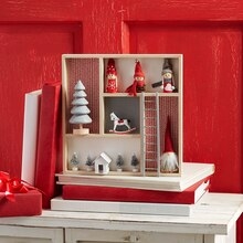 Merry Miniatures Shadow Box, medium
