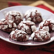 Red Velvet Crinkle Cookies, medium