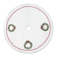 Holly Wreath Tree Skirt