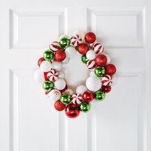 Shatterproof Ornament Wreath, medium