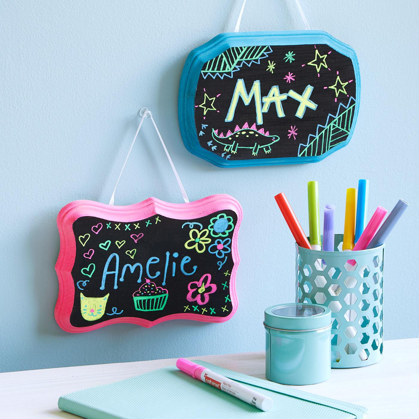 Wonderful Kids Club® Spring Break Wood Name Plaques Idea