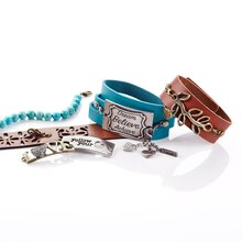 ShortCuts™ Dream Believe Bracelet, medium