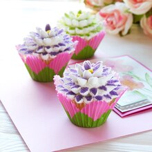 Mother's Day Flower Cupcakes, medium