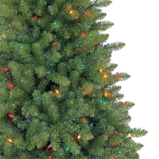 7 5 Ft Pre Lit Green Hartford Full Pine Artificial Christmas Tree  - Multi Colored Christmas Trees