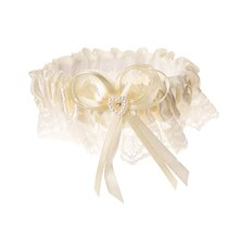 Victoria Lynn Cream Colored Garter with Pearl Heart Accent