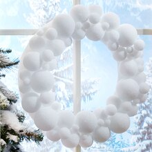 Snowball Wreath, medium