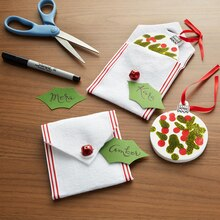 Classic Christmas Felt Gift Pouch with Tag, medium