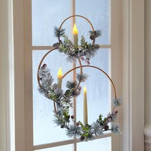 Christmas Wreaths with Candles, medium