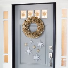 Tinsel Wreath Door Décor, medium