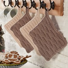 Pinecone Lodge Wave Crochet Trivet, medium