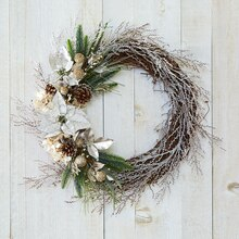 Shimmer Noel Floral Wreath, medium
