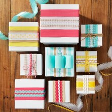Ribbon Gift Wrap, medium