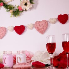 Yarn-Wrapped Heart Garland, medium